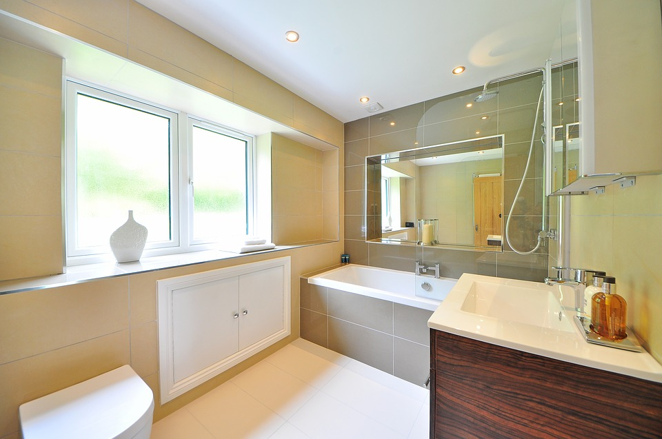 Bathroom Features Making a Splash