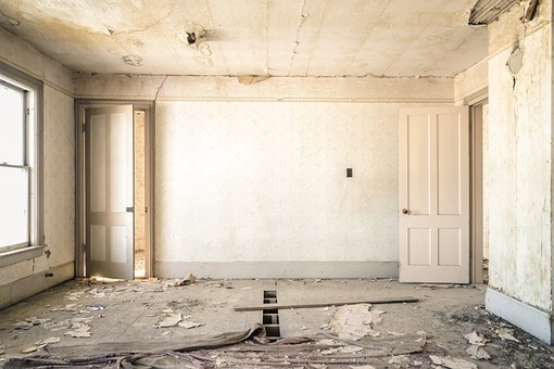 Home Buyers Open to Buying, then Renovating