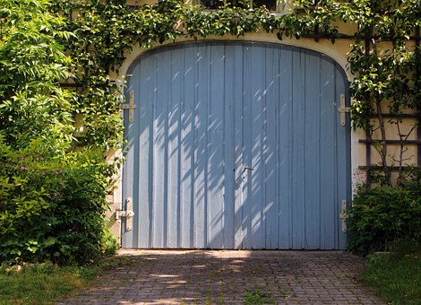 Garages Add 12% to Home Values Nationwide